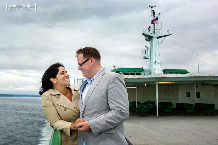 Gayatri + Ryan | Seattle Ferry Engagement