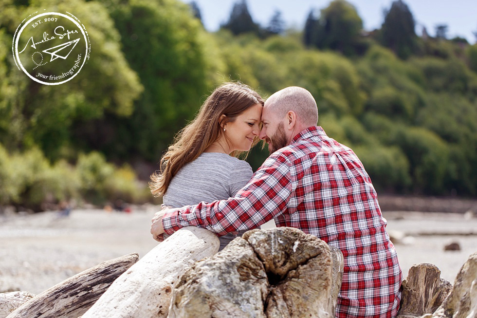 Lisa + Ryan | Seattle Maternity Session | Carkeek Park