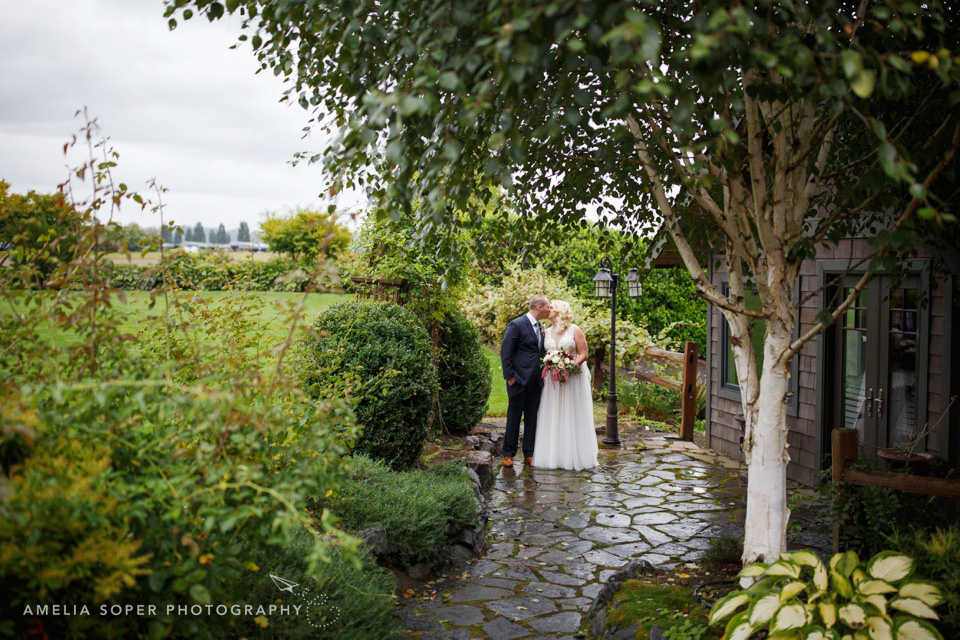 Rachelle + Tyson's Rainy Day Hidden Meadows Wedding in Snohomish, WA