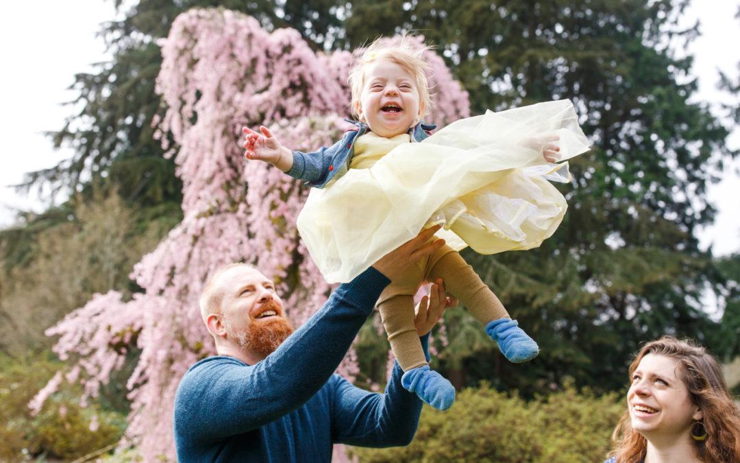 Clevenger Family's Spring Mini Session at the Washington Park Arboretum